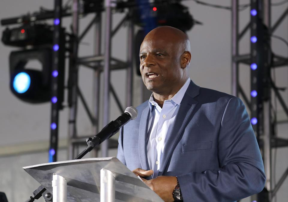 A California woman is reportedly suing Warren Moon for sexual harassment. (Getty)