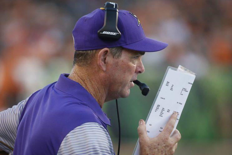 Mike Zimmer has the Vikings off to a 3-0 start (AP) 8c74ed517