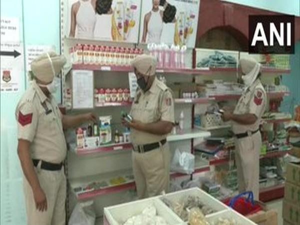 Police are selling 'Corona care kit' at affordable price in Ludhiana. [Photo/ANI]