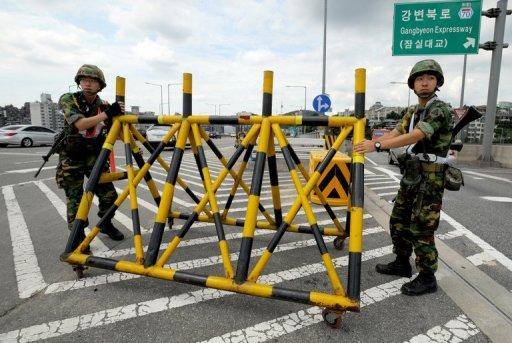 South Korean soldiers install a barricade during a joint US-South Korean exercise called Ulchi Freedom Guardian in 2011