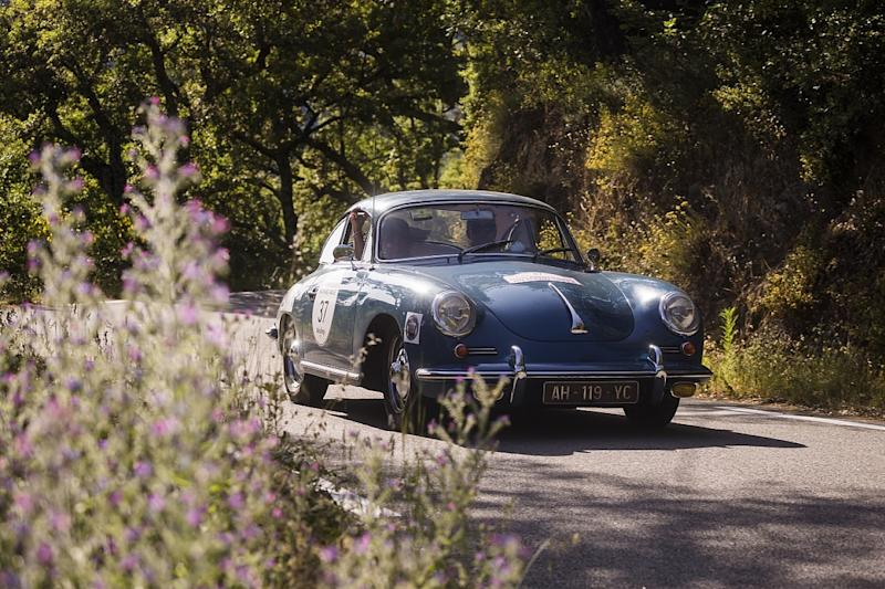 Narrow win, huge entry for all-female classic rally