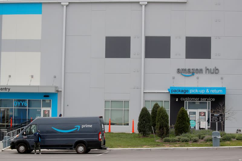 FILE PHOTO: Amazon's package pick-up and return point in Staten Island, New York City