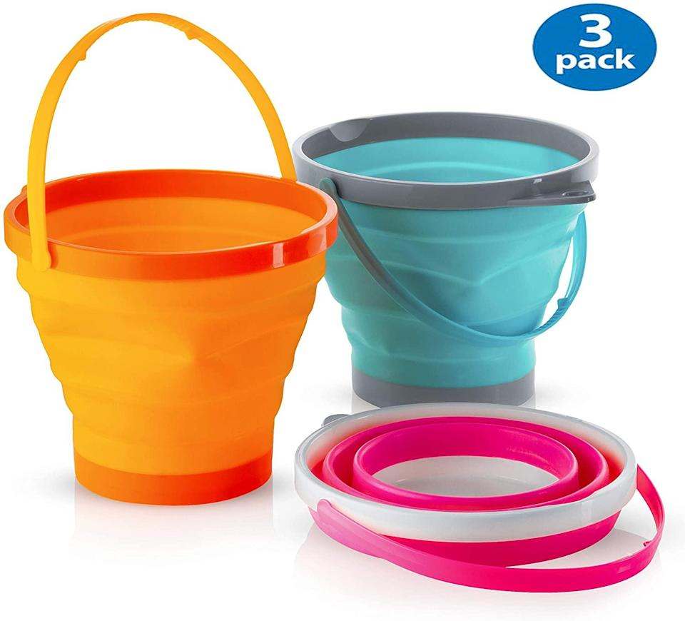 Top Race Collapsible Buckets