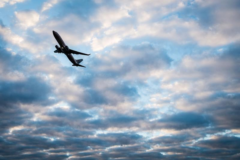 Airfares continue to rise, up 12 percent since '09