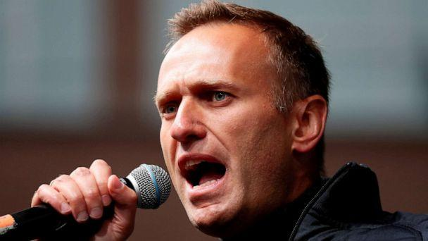 FILE PHOTO: Russian opposition leader Alexei Navalny delivers a speech during a rally to demand the release of jailed protesters, who were detained during opposition demonstrations for fair elections, in Moscow, Russia September 29. (Shamil Zhumatov/Reuters)