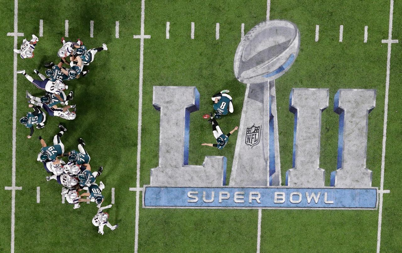 <p>Philadelphia Eagles kicker Jake Elliott kicks an extra point against the New England Patriots during the first half of the NFL Super Bowl 52 football game Sunday, Feb. 4, 2018, in Minneapolis. (AP Photo/Eric Gay) </p>