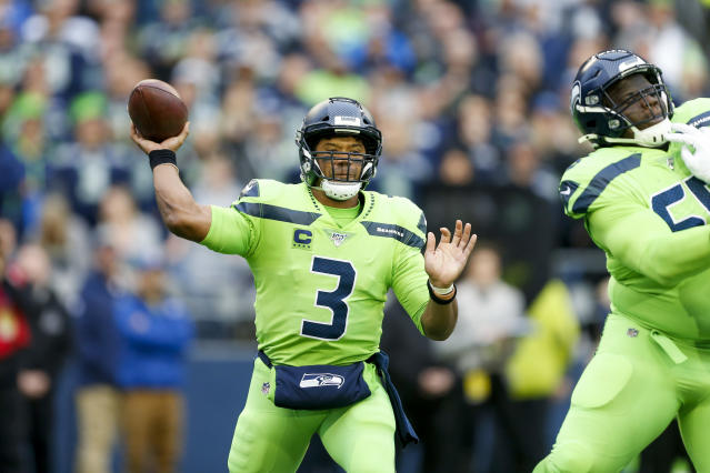 What was better? Russell Wilson's throw or Tyler Lockett's catch? (Reuters)