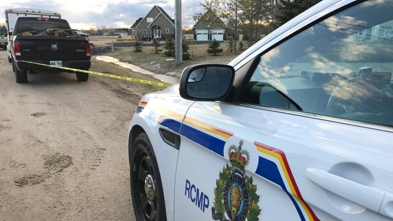 Triple shooting victims in East Selkirk, Man., are 2 men, woman