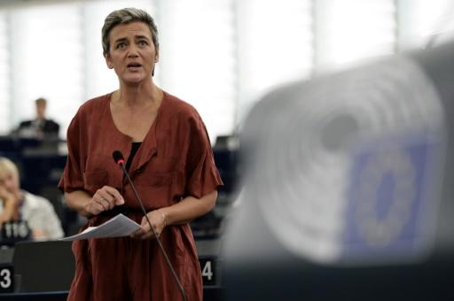 "EU lawmakers hail ""superheroine"" Vestager over Apple tax bill"
