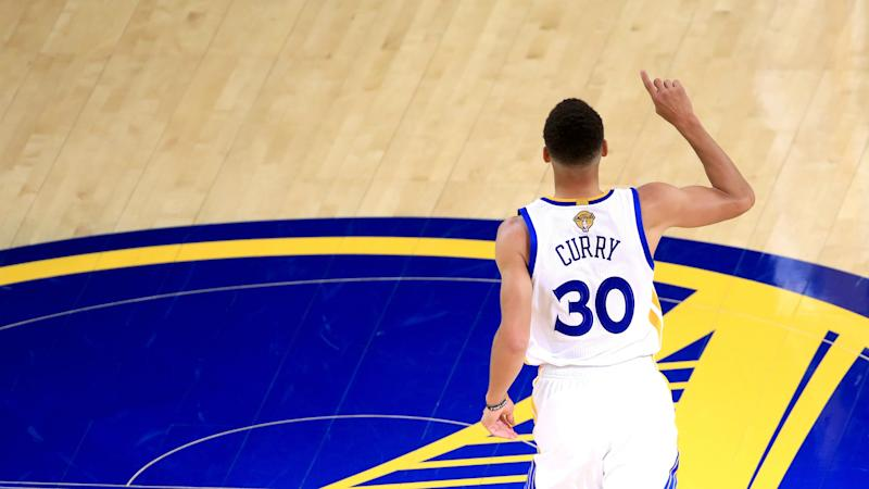 NBA Finals 2017: How Stephen Curry's gravity puts Cavs in impossible positions