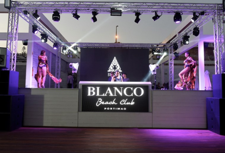 Party time at Blanco Beach Club