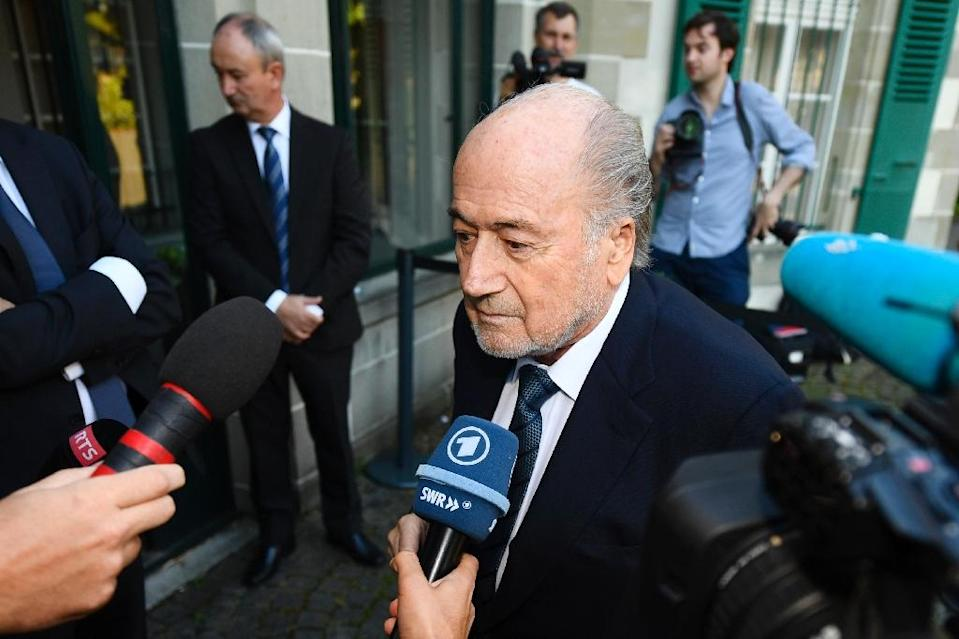 Former FIFA President Sepp Blatter (R) arrives for his appeal at the Court of Arbitration for Sport (CAS), seeking to overturn his suspension from football, on August 25, 2016 in Lausanne, Switzerland (AFP Photo/Alain Grosclaude)
