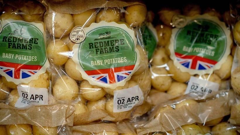 Tesco removes best before dates on fruit and veg in bid to reduce food waste