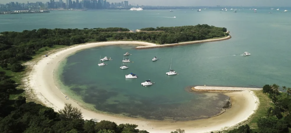 PHOTO: Trip.com. 4 Hours Singapore Southern Islands Yacht Guided