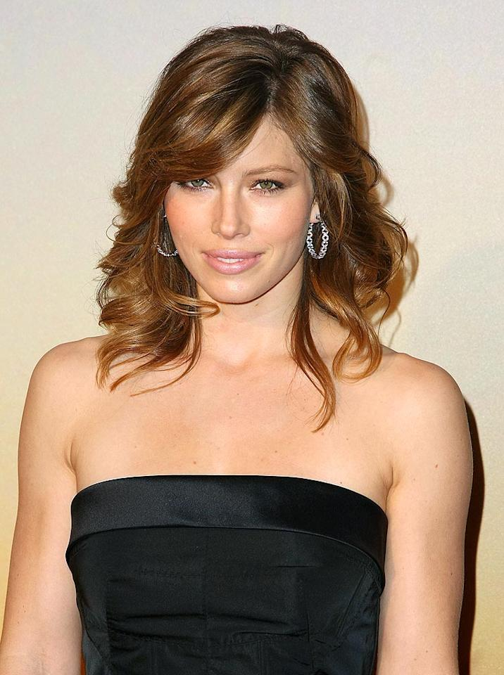 """Justin Timberlake is one lucky man! He gets to kiss Jessica Biel on a regular basis! Andrew H. Walker/<a href=""""http://www.gettyimages.com/"""" target=""""new"""">GettyImages.com</a> - November 10, 2008"""