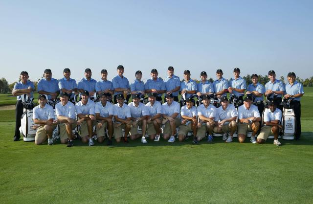 The International Team and their caddies pose for a picture ahead of the first practice round for the 2013 Presidents Cup golf tournament at Muirfield Village Golf Club in Dublin, Ohio October 1, 2013. REUTERS/Jeff Haynes (UNITED STATES - Tags: SPORT GOLF)