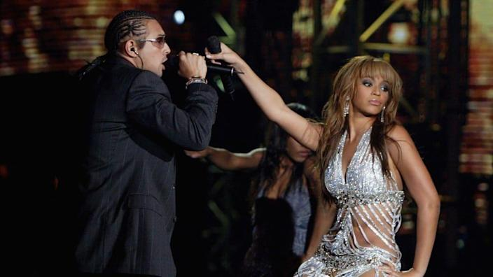 Sean Paul cleans up remarks implying Jay-Z was jealous during 2003 Beyoncé  collab