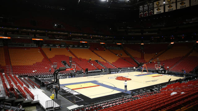 The Toronto Raptors are among five teams being instructed to self-quarantine amid the pandemic. (Michael Reaves/Getty Images)
