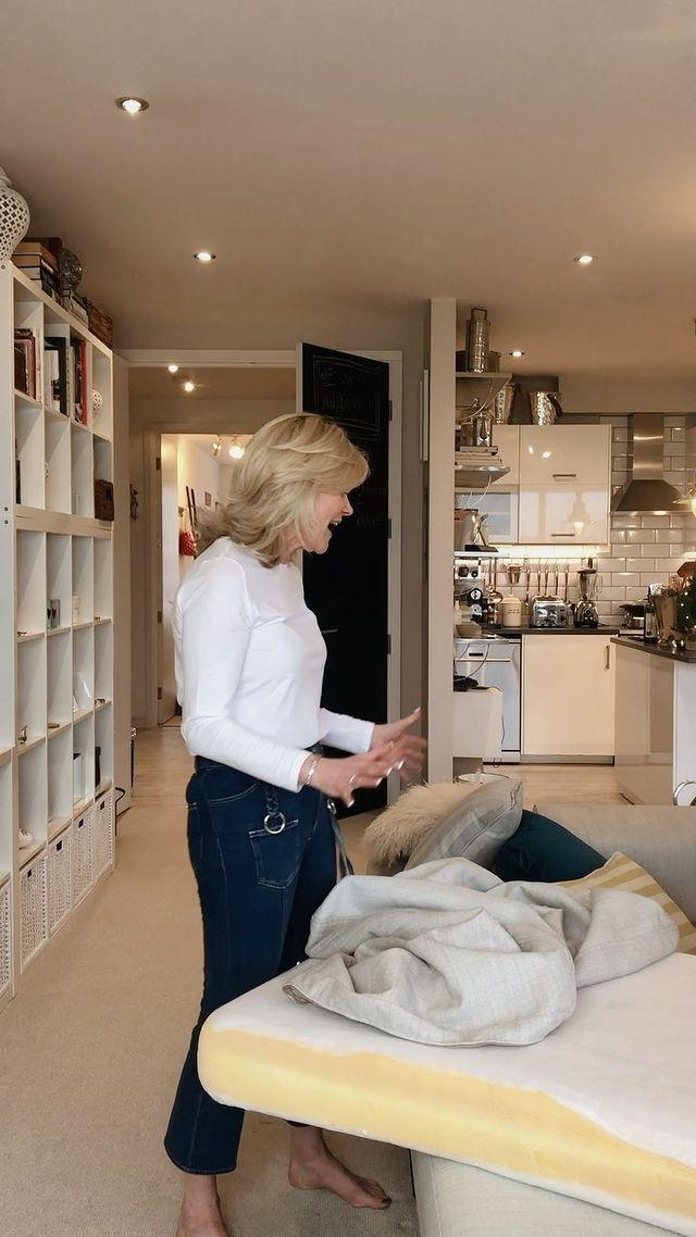 """<p>If you loved watching television presenter <a href=""""https://www.housebeautiful.com/uk/lifestyle/cleaning/g31150847/anthea-turner-cleaning-tips/"""" rel=""""nofollow noopener"""" target=""""_blank"""" data-ylk=""""slk:Anthea Turner"""" class=""""link rapid-noclick-resp"""">Anthea Turner</a> on the 2006 reality TV show, The Perfect Housewife, then you'll love her cleaning Instagram tips. From how to efficiently clean a sofa to organising a dishwasher, she provides plenty of expert advice that we can all get behind. </p><p><a href=""""https://www.instagram.com/tv/B6pxSDwn6fe/?utm_source=ig_embed"""" rel=""""nofollow noopener"""" target=""""_blank"""" data-ylk=""""slk:See the original post on Instagram"""" class=""""link rapid-noclick-resp"""">See the original post on Instagram</a></p>"""