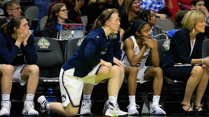 Gambler tears up $7,000 ticket on UConn women money-line bet