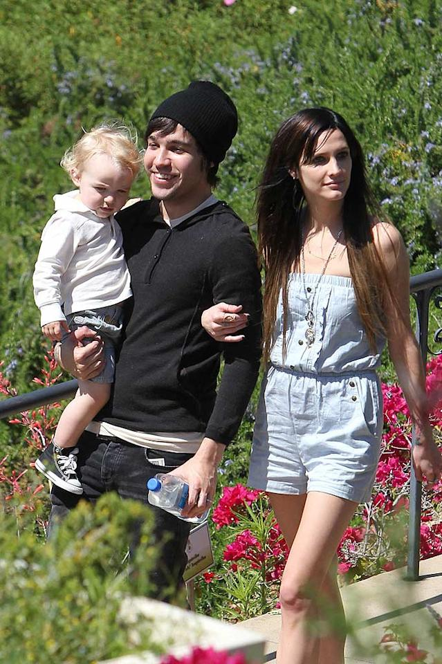 "Pete Wentz was all smiles while spending Father's Day with his wife Ashlee and their sweet baby boy Bronx at a Beverly Hills park. Jeff Steinberg/Matt Smith/<a href=""http://www. PacificCoastNews.com"" target=""new"">PacificCoastNews.com</a> - June 20, 2010"