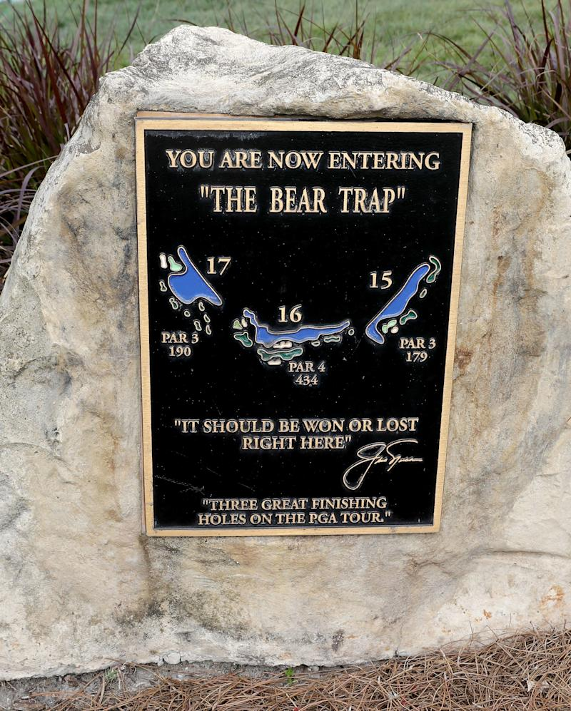 """PALM BEACH GARDENS, FL - FEBRUARY 21: A plaque and statue commemorating """"The Bear Trap"""" as seen during a practice round prior to The Honda Classic at PGA National Resort & Spa - Champions Course on February 21, 2017 in Palm Beach Gardens, Florida. (Photo by Sam Greenwood/Getty Images)"""