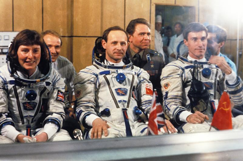Soyuz tm-12 cosmonauts helen sharman, anatoly artsebarsky and sergei krikalev prior to launch 1991