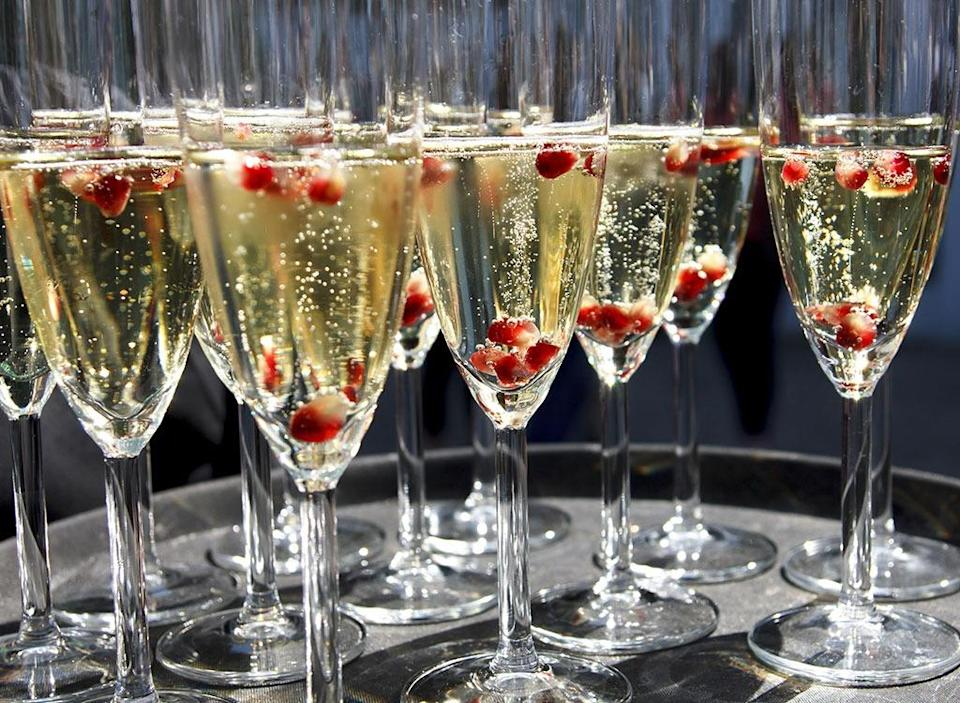 Champagne glasses tray