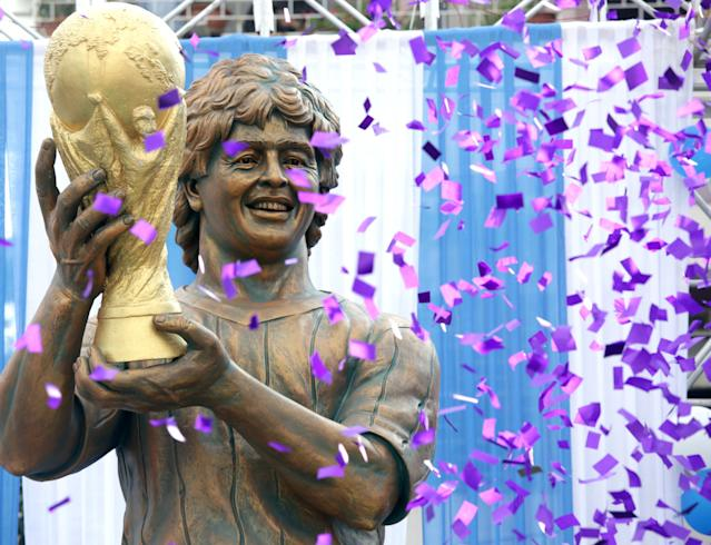 <p>The new Diego Maradona statue has been derided after its unveiling in India </p>