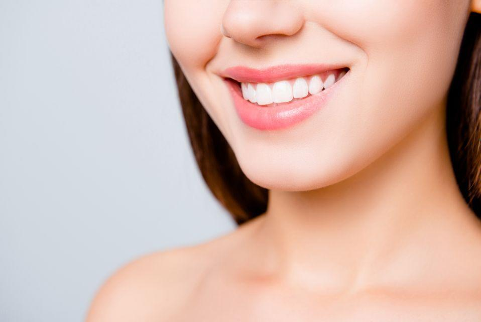 Score a whiter smile, at a heavy discount. (Photo: Getty Images)