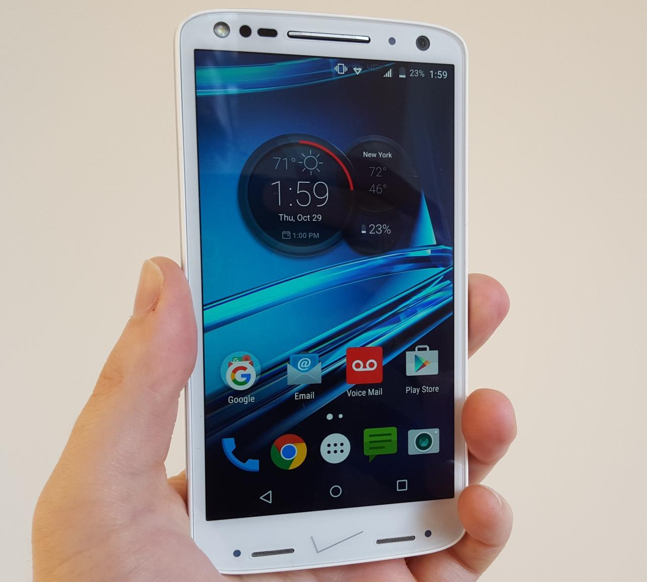 Motorola Droid Turbo 2 Review: A Shatterproof Display and All-Day Battery  Life