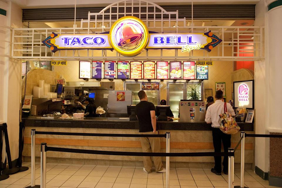 taco bell in a mall