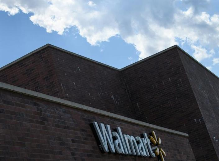 Walmart sales boomed beyond analysts' forecasts in the latest quarter