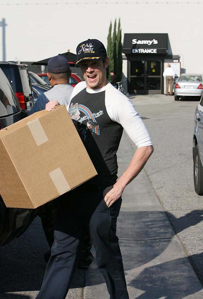 """Jackass"" star Johnny Knoxville grabs some camera equipment at Samy's in Los Angeles. Perhaps he needs supplies for the second sequel? ""Jackass 3"" is tentatively scheduled to begin shooting in January. Miguel Aguilar/<a href=""http://www.infdaily.com"" target=""new"">INFDaily.com</a> - December 15, 2007"