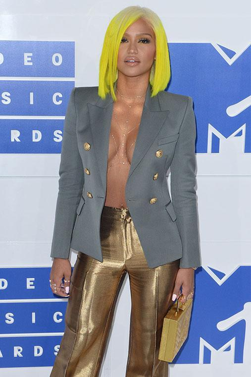 From her neon yellow wig to her gold flares, Cassie went all out - but it looked all wrong at the MTV VMAs in 2016.