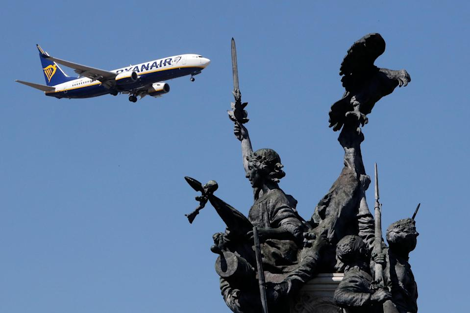<p>A Ryanair airplane approaching Lisbon airport </p> (Copyright 2019 The Associated Press. All rights reserved)