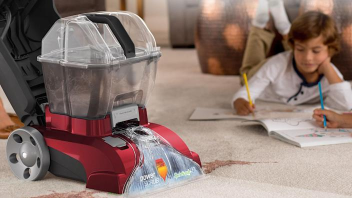 Hoover's Deluxe Carpet Cleaner can clean up stains in floor rugs and fabric surfaces.
