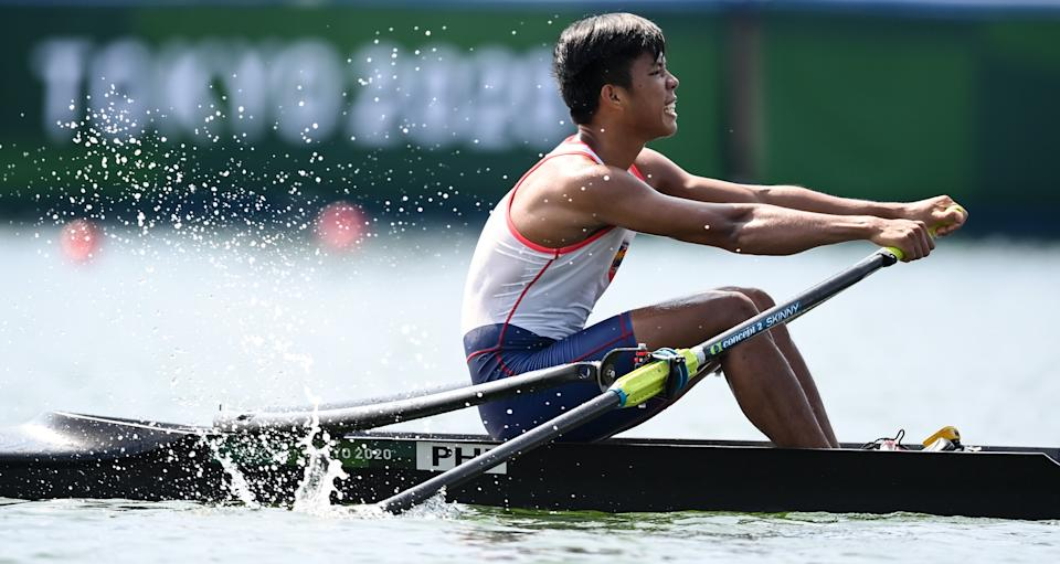 Cris Nievarez of the Philippines during the heats of the men's single sculls event at the 2020 Tokyo Olympics.