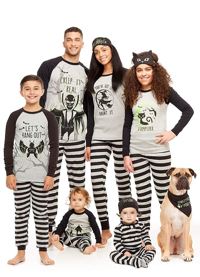 "<p>These <a href=""https://www.popsugar.com/buy/Jammin-Jammies-Family-Matching-Halloween-2-Piece-Pajama-Sets-481721?p_name=Jammin%20Jammies%20Family%20Matching%20Halloween%202-Piece%20Pajama%20Sets&retailer=amazon.com&pid=481721&price=35&evar1=moms%3Aus&evar9=46515148&evar98=https%3A%2F%2Fwww.popsugar.com%2Fphoto-gallery%2F46515148%2Fimage%2F46515172%2FJammin-Jammies-Family-Matching-Halloween-2-Piece-Pajama-Sets&list1=shopping%2Camazon%2Cpajamas%2Challoween%2Cmatching%20outfits&prop13=api&pdata=1"" rel=""nofollow"" data-shoppable-link=""1"" target=""_blank"" class=""ga-track"" data-ga-category=""Related"" data-ga-label=""https://www.amazon.com/Matching-Halloween-Toddlers-2-Piece-Pajamas/dp/B07GDVJJJ8/ref=sr_1_23?crid=2CFGPSX62HUSQ&amp;keywords=matching+halloween+pjs&amp;qid=1566241081&amp;s=gateway&amp;sprefix=matching+hallow%2Caps%2C121&amp;sr=8-23"" data-ga-action=""In-Line Links"">Jammin Jammies Family Matching Halloween 2-Piece Pajama Sets</a> ($35) were made for everyone, even the dog!</p>"