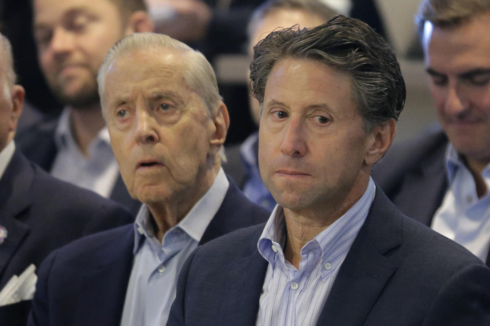 Fred and Jeff Wilpon are reportedly ready to give up control of the Mets as soon as a sale is finalized. (AP Photo/Seth Wenig)