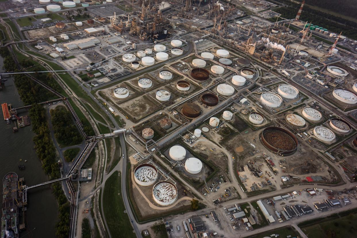 """Chemical plants and factories line the roads and suburbs of the area known as """"Cancer Alley."""" (Photo: Giles Clarke/Getty Images)"""