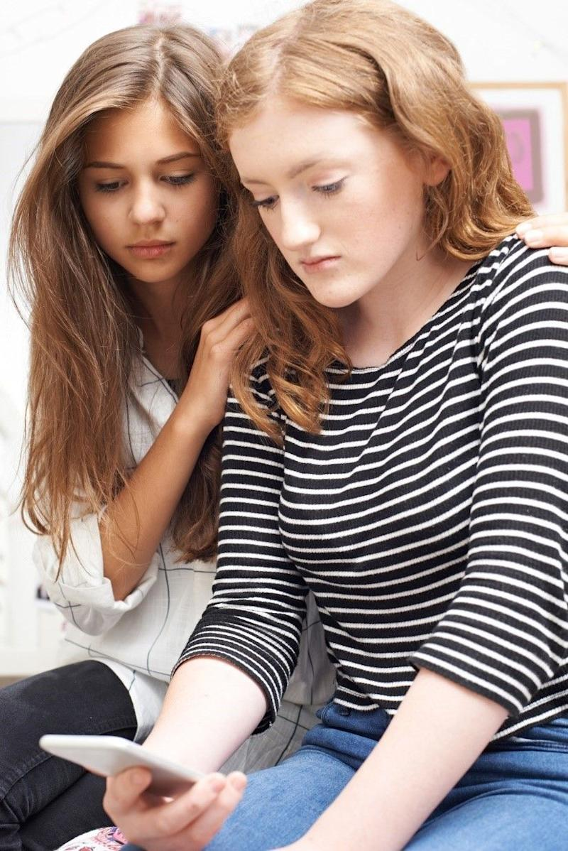 5 Ways Parents Can Help Prevent Teen >> 5 Ways Parents Can Help Prevent Cyberbullying