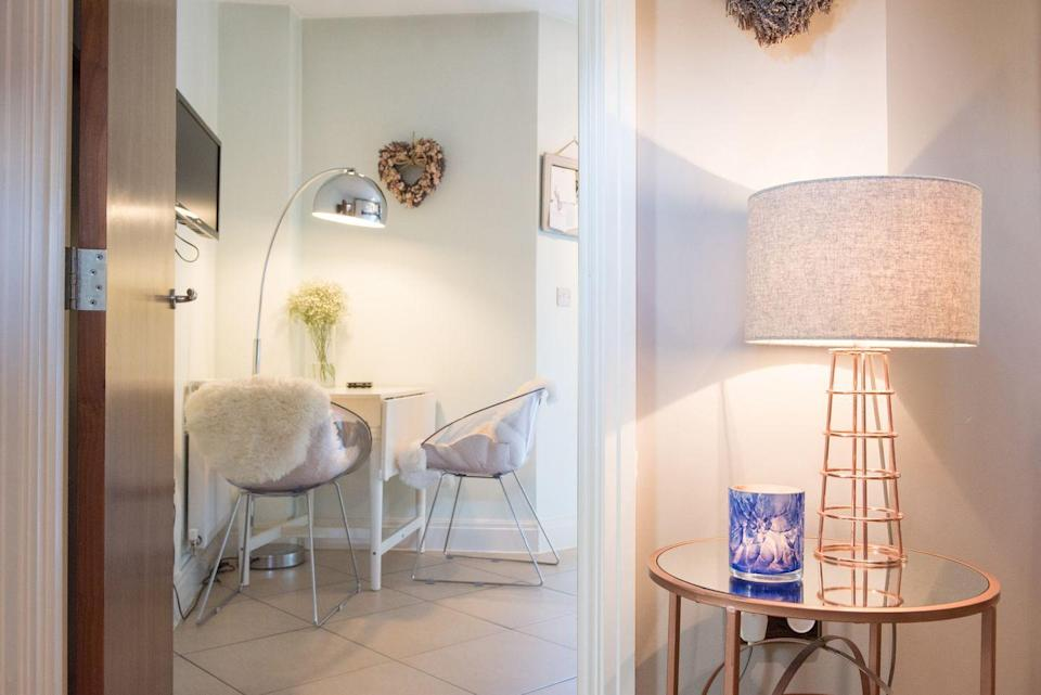 <p>Despite all the earth colors and hippie accents, the 70s were also about shine, at least where chrome was concerned. Chrome accents on kitchen chair legs, coffee tables, and lamps lent a little bit of Studio 54-style glitz to home sweet home.</p>