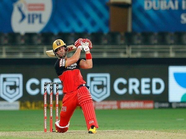 AB de Villiers scored 51 off 30 balls to change the complexion of the match (Image Credits: Yahoo)