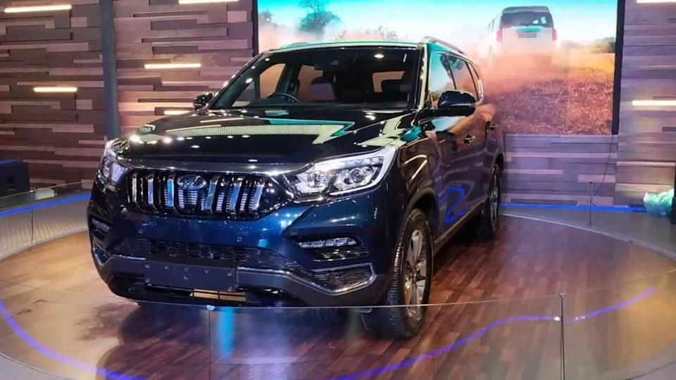 Mahindra XUV700 to be launched in India by October
