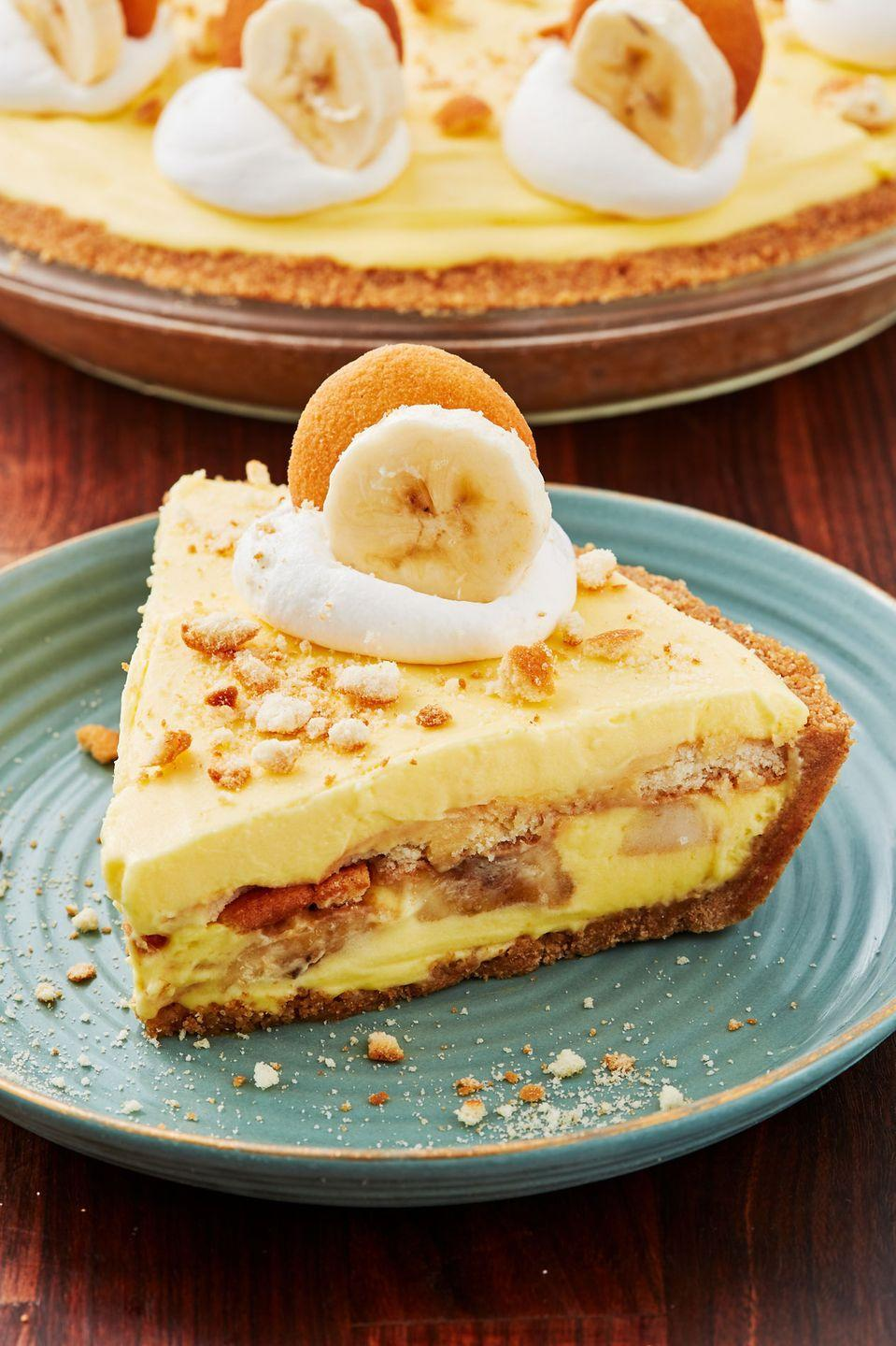 """<p>When two of your favorite desserts become one.</p><p>Get the recipe from <a href=""""https://www.delish.com/cooking/recipe-ideas/recipes/a52780/banana-pudding-cheesecake-recipe/"""" rel=""""nofollow noopener"""" target=""""_blank"""" data-ylk=""""slk:Delish"""" class=""""link rapid-noclick-resp"""">Delish</a>.</p>"""