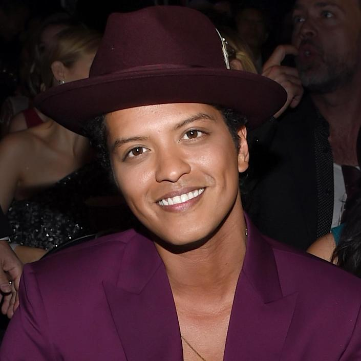 """<p>Mars smiled for the camera at the 58th Grammy Awards where he won Record of the Year and Best Pop Duo/Group Performance for the catchiest single of them all, """"Uptown Funk.""""</p>"""