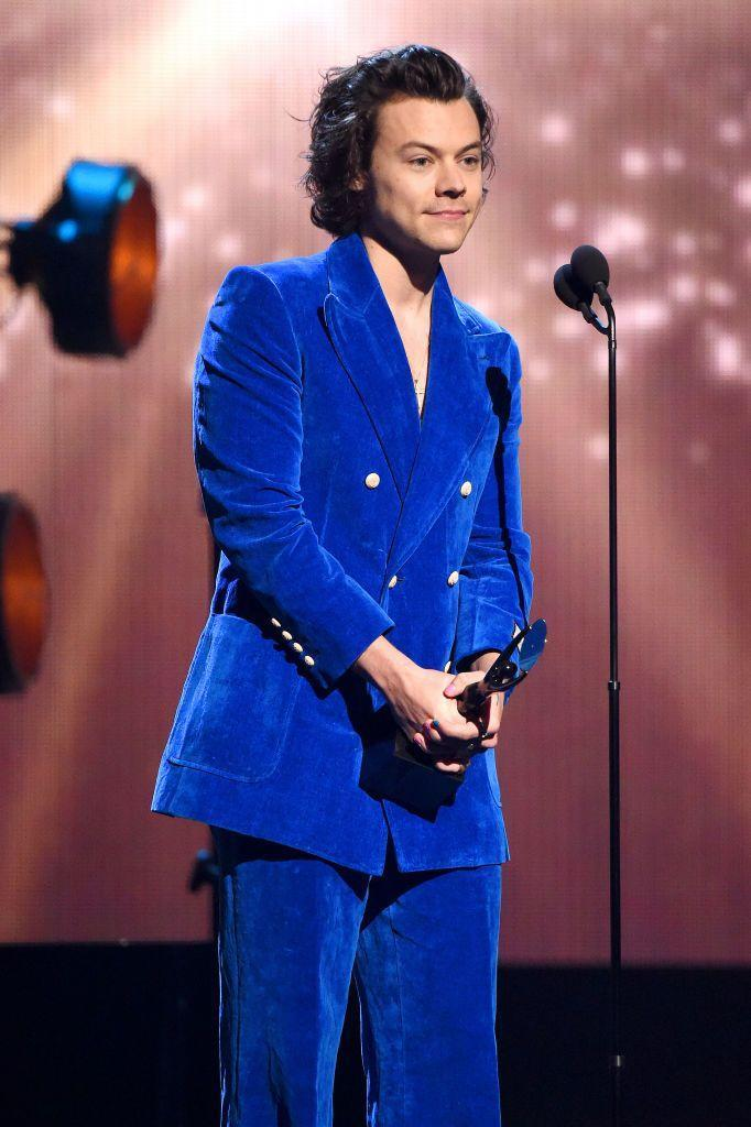<p>This blue velvet Gucci suit Harry wore is simply *chef's kiss*. Black, red, and navy-colored-velvets have all left the chat!</p>