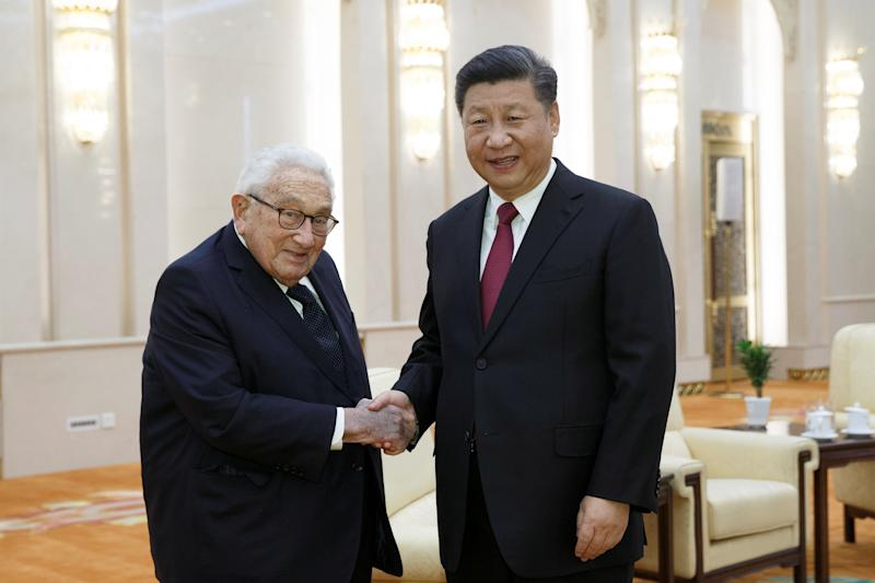 Chinese President Xi Jinping meets former U.S. Secretary of State Henry Kissinger at the Great Hall of the People in Beijing, China, November 8, 2018. REUTERS/Thomas Peter/Pool