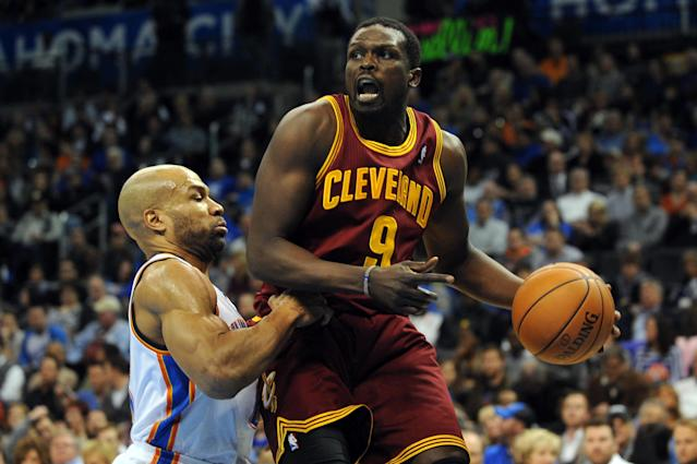 Sources: Heat negotiating with Luol Deng as possible replacement for LeBron James